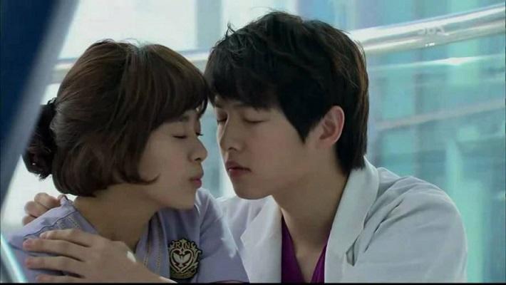 Сон Джун Ки в дораме «Доктора акушеры-гинекологи»