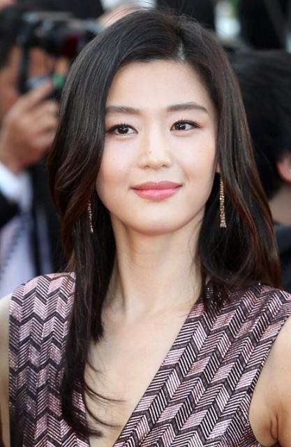 Биография и фильмография корейской актрисы Чон Джи Хён