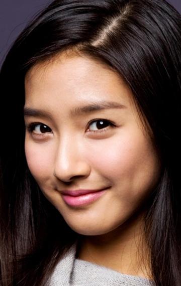 Ким Со Ын – востребованная актриса и завидная невеста