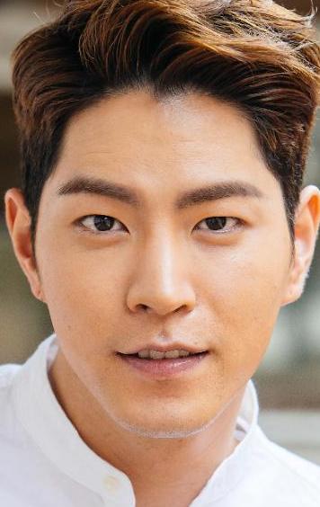 Хон Чжон Хён – скромный парень с природной красотой