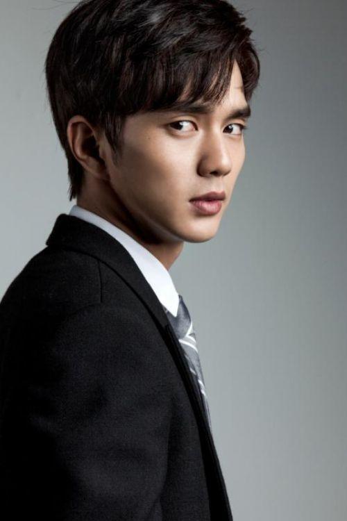 Талантливый южнокорейский актер Ю Сын Хо