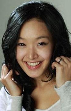 Любовь, искусство и… кошечки в жизни Ким Сон Ён