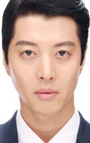 Ли Дон Гон: актер с безупречным перевоплощением на экране