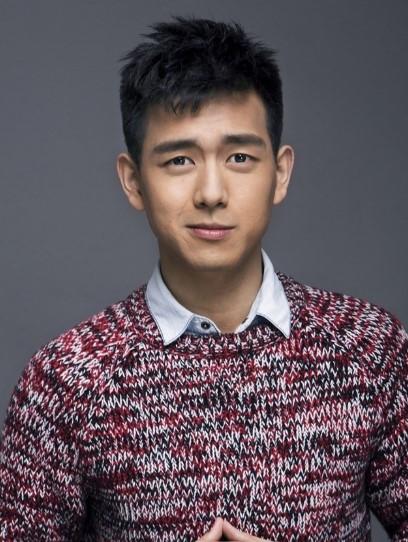 Ну очень обаятельный и привлекательный Ли Сянь